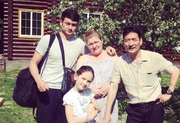 Gia đình thủ môn Đặng Văn Lâm