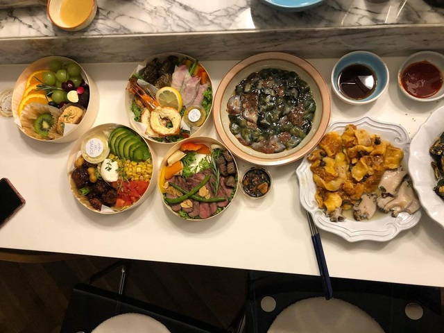Những món ăn do chính tay Bi Rain thực hiện để phục vụ vợ và hai cô con gái.