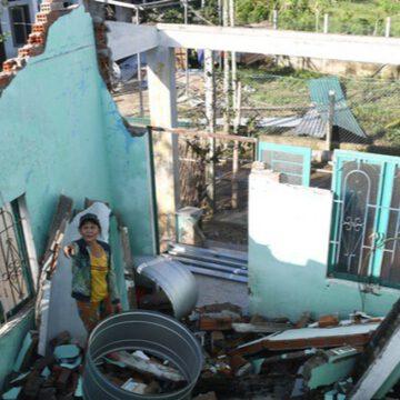 Bão số 9 vào cuối tháng 10/2020 làm 433 ngôi nhà của người dân Quảng Ngãi thiệt hại hoàn toàn.